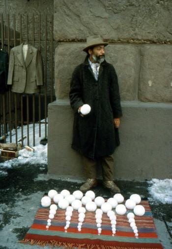 David Hammons,Bliz-aard Ball Sale. 1983