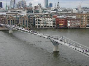 Millenium Bridge_Foster