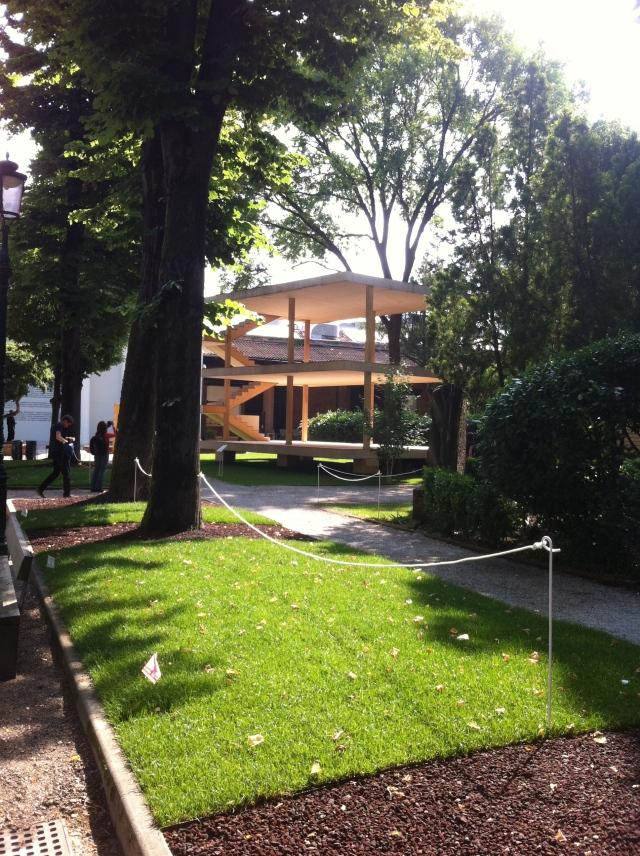 AA Domino House
